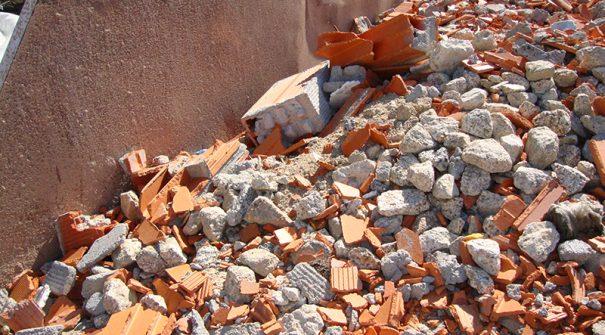 Município disponibiliza serviço de recolha de resíduos de obras