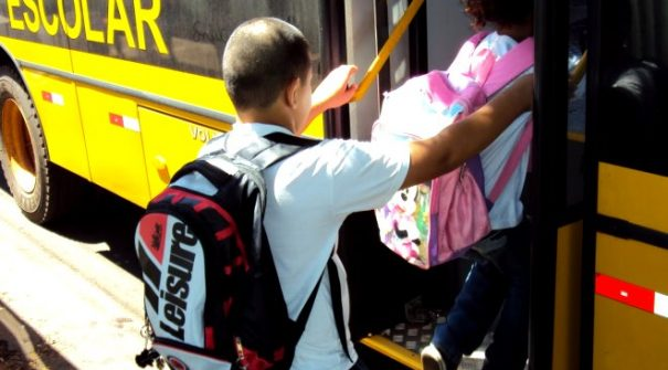 Pedido de Transporte Escolar 2020/2021